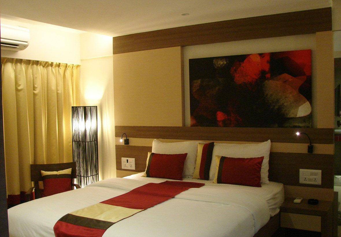 http://media.sunmar.ru/Media/Default/_Profiles/c3f69b50/c262cd4f/turtle-resort-morjim-goa-guest-room.jpg?v=635818049254729637
